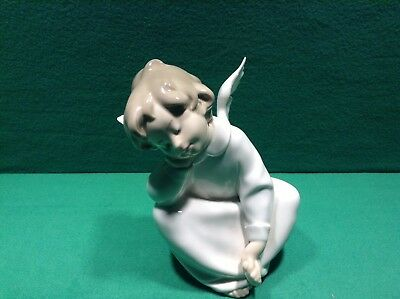 Lladro Angel Dreaming Porcelain Figurine Hand Made Italy