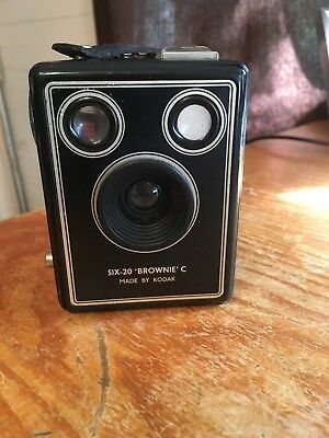 SIX-20 'BROWNIE' C Made by Kodak Ltd, London in antique condition
