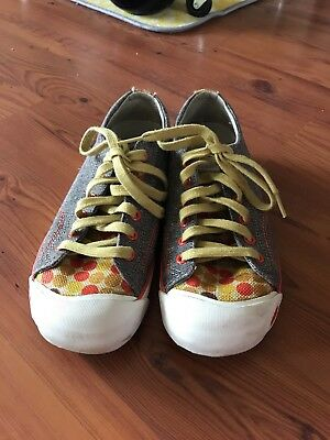 Womans Keen shoes size 7.5