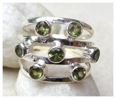 925 Sterling Silver PERIDOT Semi Precious GEMSTONE RING SIZE N - US 6 3/4