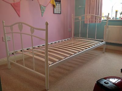 Girls Next Amy Bed