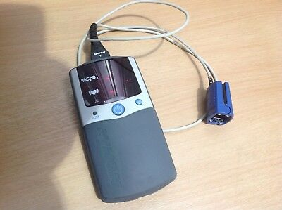 Nonin PalmSAT 2500 Portable Handheld Pulse Oximeter with Sensor