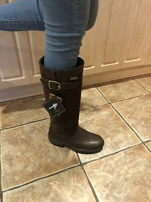 Ariat Brown Country Yard Boots Derwent H20 New comes with boot trees size 5