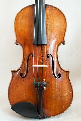 Very old violin for soloist !