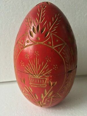 """Vintage Hand Carved Red 6"""" Wooden Egg Nice Design Opens in to Two Pieces"""