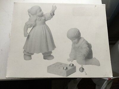 Dept 56 Winter Silhouette Figurines Hanging The Ornaments Mint In Box