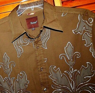 Mens ROAR Long Sleeve Button Down Shirt SIZE XL Stretch Tribal Embroidered NICE