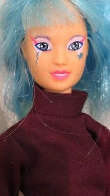 Vintage 1985 Jem and & The Holograms Aja Doll Hasbro Blue Hair Beautiful Face