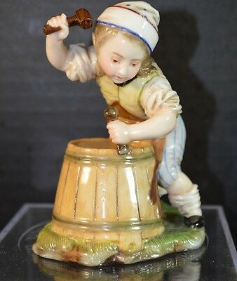 Hochst Porcelain Wine Barrel Maker