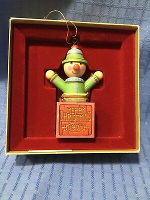 Vintage Hallmark Dated Ornament 1977 YESTERYEARS 'Jack In The Box' with Box