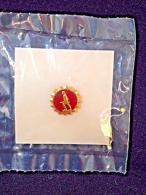 New Vintage US Army Minute Man Lapel Button Pin Red Goldtone