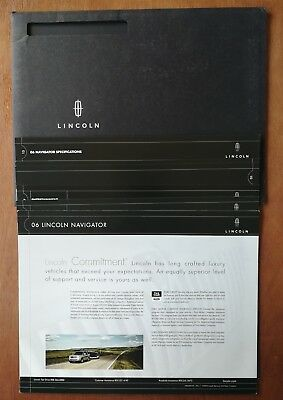 2006 Lincoln Navigator Full Color Sales Brochure Package with Color Chart