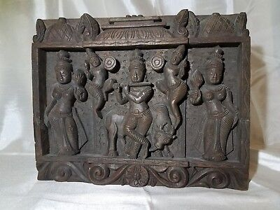 Indian Art: Wooden Wall Panel: Ornate Hand Carving & Design