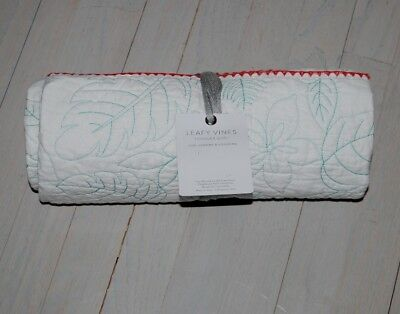 "Anthropologie toddlers quilt leafy vines motif size 38"" x 50"" reversible NWT"