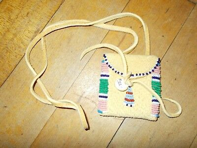 NATIVE AMERICAN INDIAN Handmade Suede Multi-Color Beaded Medicine Pouch Necklace