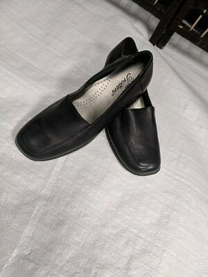 Pre-Owned Trotters Leather Loafers Flats Women's shoes- Size 7W