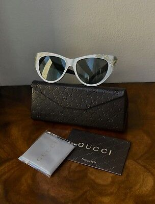 19937b3ee7ed0 NWT GUCCI 3806 Mother-Of-Pearl Silver With Black Arms Cat Eye Sunglasses   495