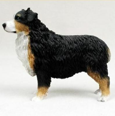 AUSTRALIAN SHEPHERD AUSSIE (tri) DOG Figurine Statue Hand Painted Resin docked