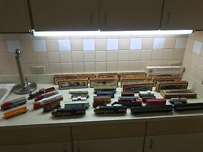Lot of Train Cars Freight, Tanker, Trailer, Box, Locomotive, Caboose Tyco etc