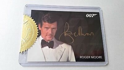 James Bond 007 Authentic Roger Moore Gold Autograph & Costume Prop Case Cards