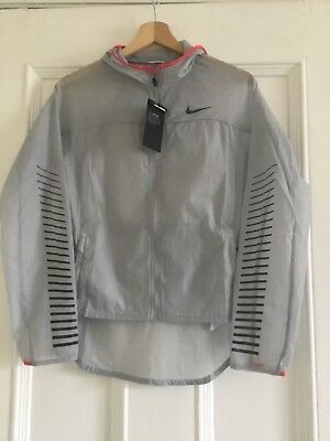 Girls Nike Impossibly Light Hooded Jacket Size XL 13-15 years