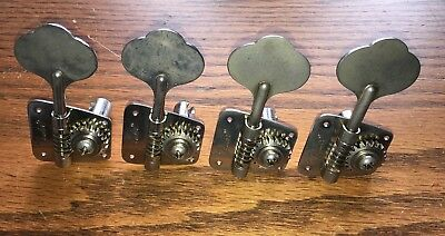 Original 1973 Fender Jazz Bass Tuners with bushings and string tree