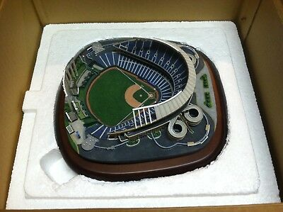 Danbury Mint - Kauffman Stadium - Complete (original box,packing & certificate)