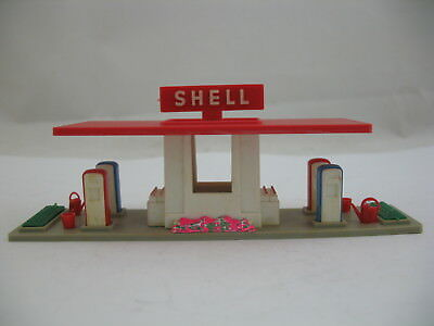 Jouef  (France) Model 780: plastic HO scale Shell Gas Service Station, with Box