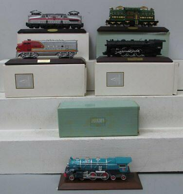 Avon The Lionel Classic Train Collection Assorted Trains w/Display Bases (5)/Box