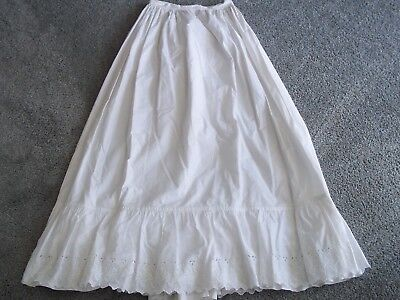 Antique Ladies Cotton Floral Embroidered Under-Skirt Ruffled Petticoat White EC