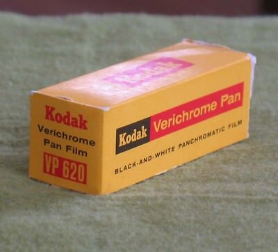 Vntg. Kodak Verichrome Pan VP 620 Black/White Panchromatic Film in Box Exp.1961