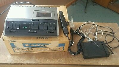 Sanyo TRC-8700 Memo Scriber Cassette Dictation w Foot Pedal, Mic, Headser & Box