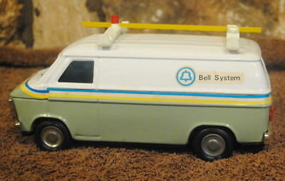 Vintage Bell Telephone Service Utility Van Western Stamping Coin Bank Mini Scale