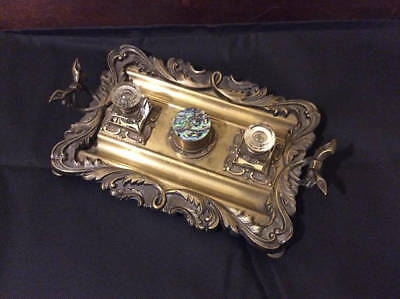 Antique Victorian Art Nouveau C.1880 bronze double inkwell and pen stand