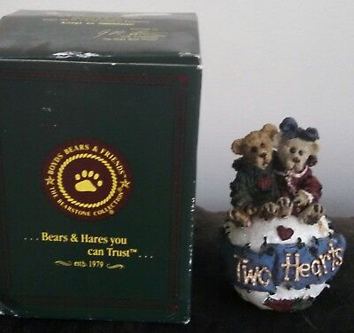 Boyds Bears & Friends Bearstone collection 25707 George and Gracie...Forever