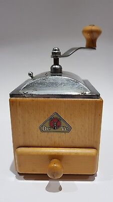 Vintage DE VE Wood & Chrome Coffee grinder in good working order