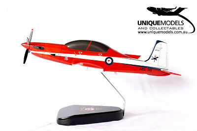 Pilatus PC-9 Desktop Model - RAAF 2FTS Livery - 1:25 Scale - New
