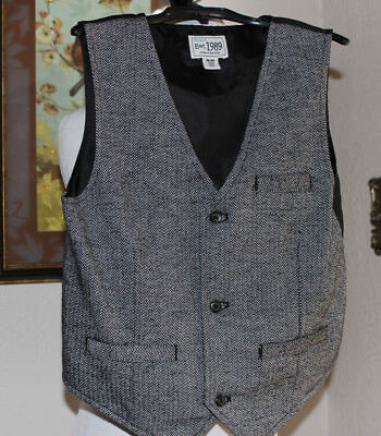 NWOT Boys CHILDRENS PLACE Black & White Chevron Print Dress Vest Size M 7/8