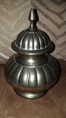 Vintage Solid Brass 7 1/4'' Ginger Jar / Urn with Lid Made in India