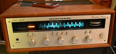 1970s Marantz 2220 AM/FM Stereophonic Receiver Needs Work