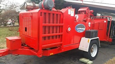 Morbark Hurricane 2400 XL Brush Chipper Hydraulic Winch New Engine Paint Decals