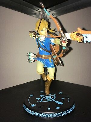 First 4 Figures - Legend of Zelda: Breath of the Wild Statue - Link, 25 cm 1Tag