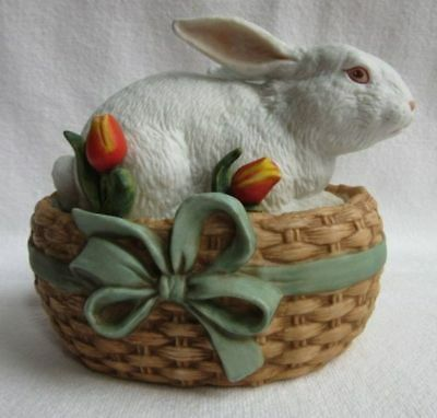 Schmid Bunny & Tulips Music Box Plays April Love Gordon Fraser 1983 Easter