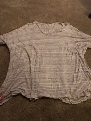 Gap Maternity Loose Fitted Grey Shirt Size Large