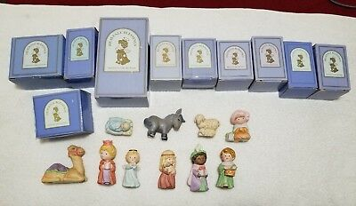 Vintage Avon Heavenly Blessings Nativity Collection 10 Figurines (1986/87)