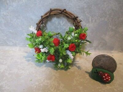 """Miniature Doll/dollhouse/roombox 2"""" red polymer rose grapevine wreath"""