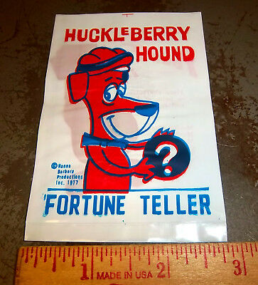 1977 Hanna Barbera Huckleberry Hound fortune teller, FUN item from way back!