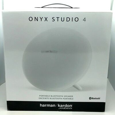 Excellent Condition Harman Kardon Onyx Studio 4 Wireless Bluetooth Speaker White