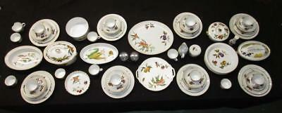 70pc Royal Worcester  Evesham  Dinnerware ... & LOT 11 Royal Worcester Evesham Vale Bread Butter Plates 6 3/4 ...