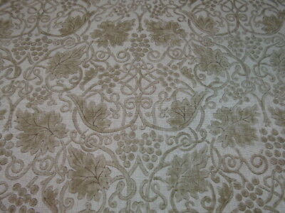 William Morris Curtain Fabric Design  Grapevine 4.5 Metres Dk4154